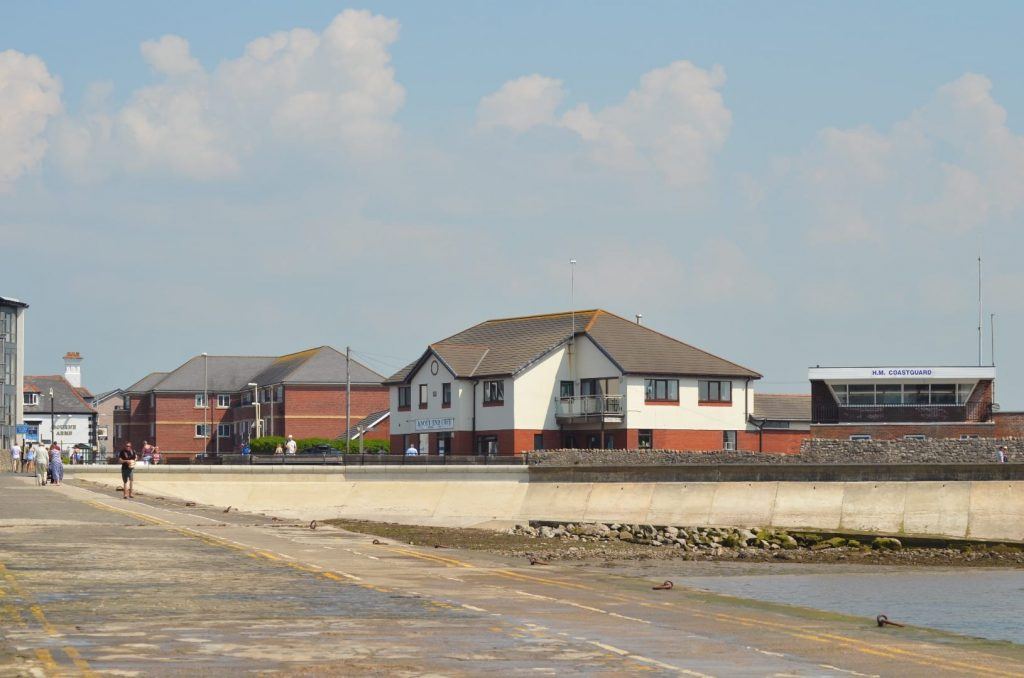 Knott End cafe and coastguard building