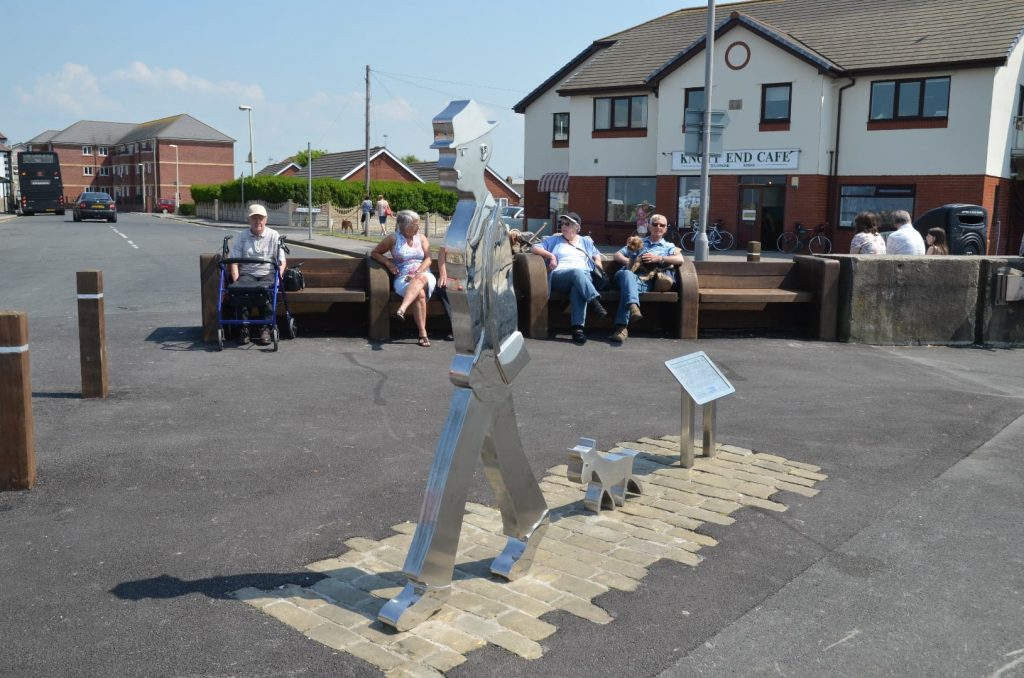 LS Lowry statue at Knott End