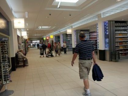 Teanlowe Shopping Centre