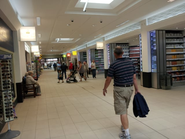Teanlowe Shopping Centre