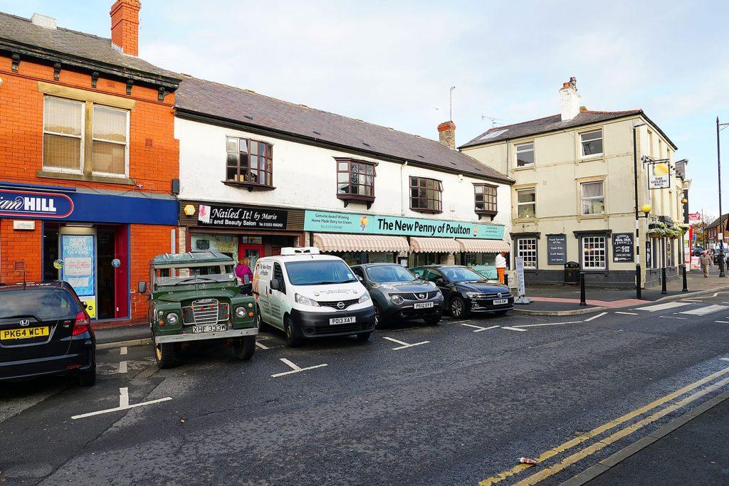 Free on street car parking in Poulton